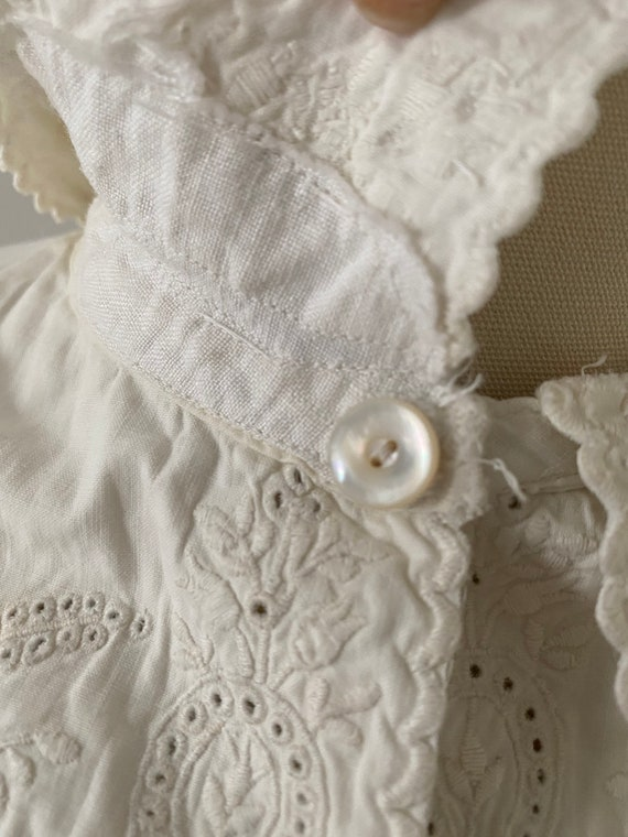 Gorgeous Antique Cotton Dressing Gown - image 6