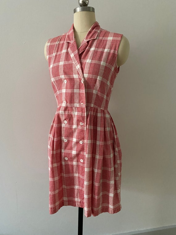 Adorable vintage 50s stile gingham dress