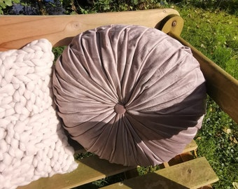 """Cushion Cover """"Leaves Round Dance"""" 337481"""