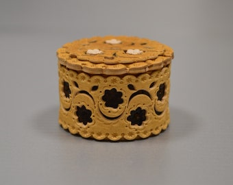 The exquisite handmade birch bark box for presenting and keeping of wedding rings and jewels.