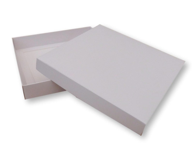 Pack of 50 6 x 6 White  Gold  Silver Gift Boxes Cakes Gifts Greeting Cards Jewellery