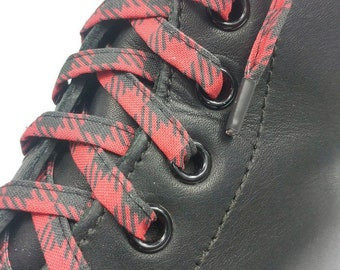 Super Reinforced laces with red and black checkered fabrics. Plasticized tips. For Dr. Martens, Converse, Vans. Skateboard laces