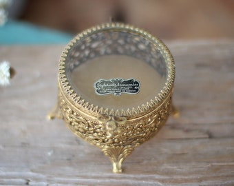 Presentation Box Footed Hollywood Regency Jewelry Casket Glass Lid with Roses Medallion Round Gold Ormolu Filigree Jewelry Casket
