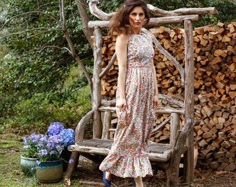 bee5a7d60e7 Vintage 60 s Serbin of Florida Designed by Muriel Ryan Floral Pattern  Flower Fit   Flare Dress Summer Dress Vintage Fashion