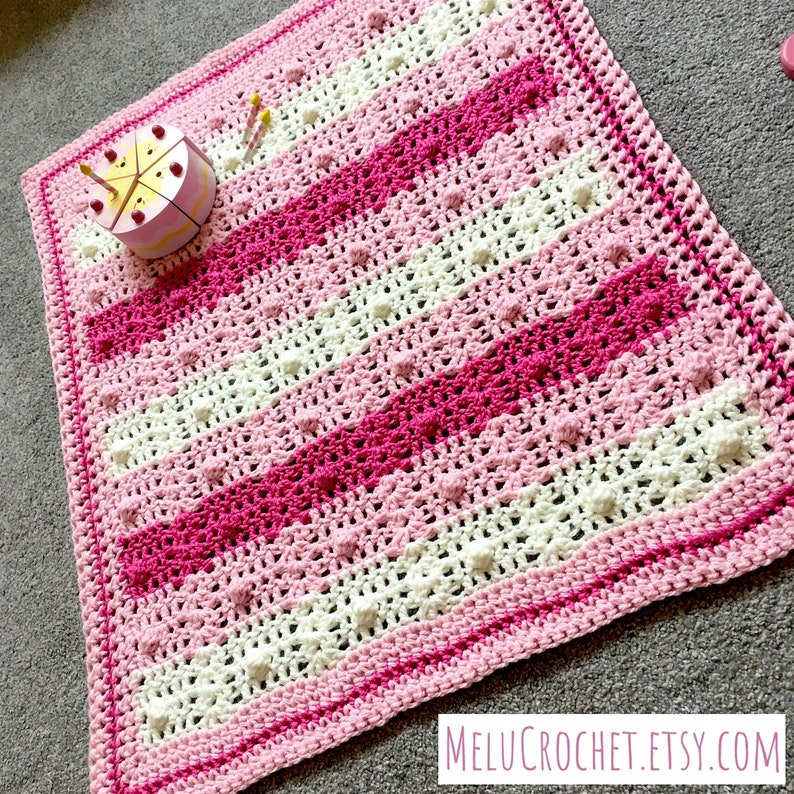 Shells and Pearls Modern Easy & quick baby blanket afghan image 0