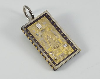 Unique Integrated Circuit IC pendant geek/nerd jewelry!