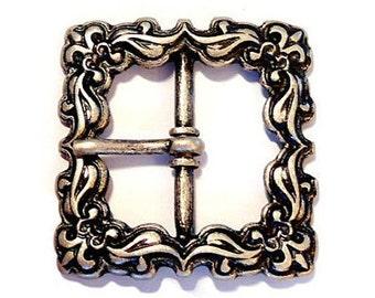 2 Piece Fleur de Lis Buckle Old Silver French Lily Belt Clasp Belt Buckle Garb GARb LARP Medieval Merowinger