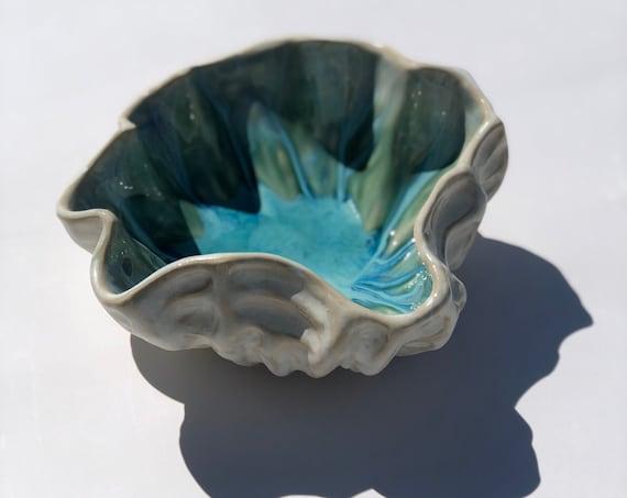 Ceramic shell bowl