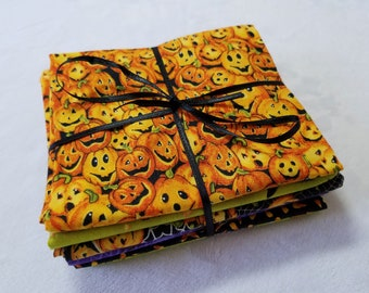 Hallowee Fabric Bundle - 6 Fat Quarters