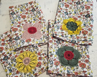 Flower Embroidered Cloth Napkins Set of 4