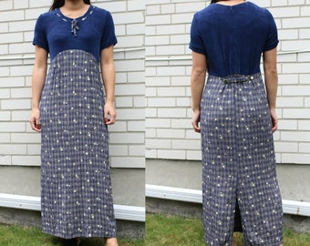 Vintage navy 90s daisy floral plaid maxi dress, cute and girly style