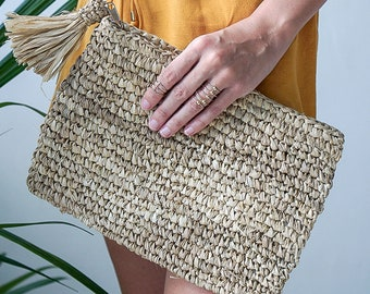 Straw Woven Clutch - 3 colors