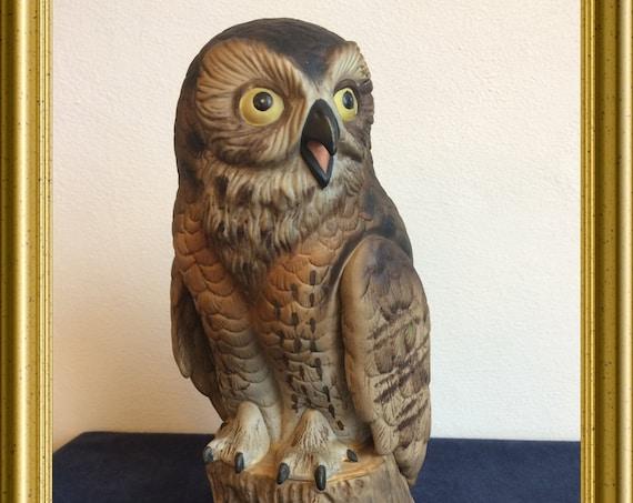 Vintage porcelain figurine : owl