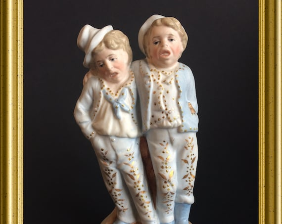 Antique funny bisque porcelain figurine : drunk men