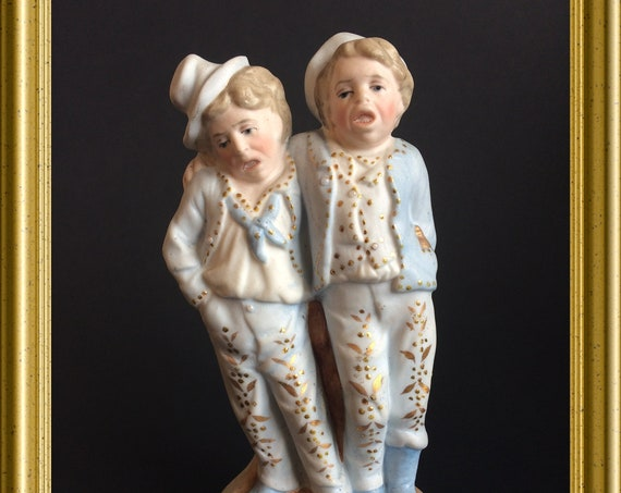 Antique funny bisque porcelain figurine : drunk men