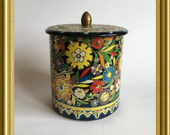 Vintage Dutch tin : flowers