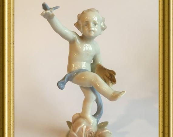 Vintage porcelain figurine: Metzler & Ortloff, spring, four seasons, butterfly
