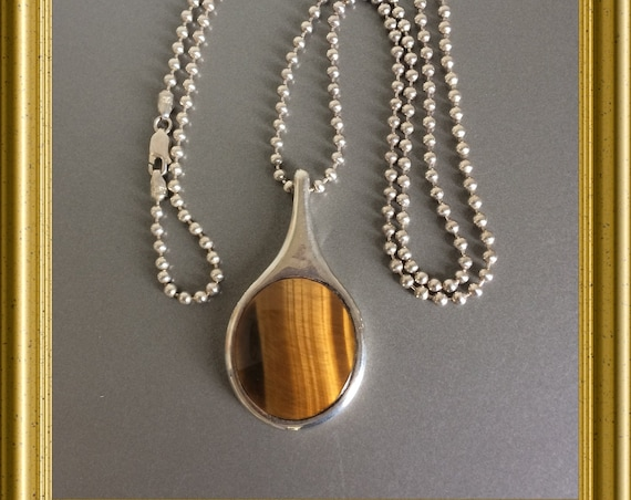 Beautiful big silver pendant and necklace : tiger eye
