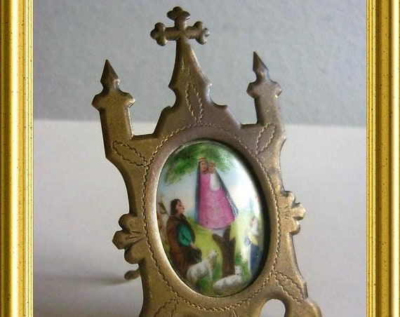 Antique religious frame : Holy Mary on porcelain