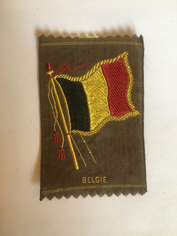 Vintage woven silk tobacco patch: flag Belgium
