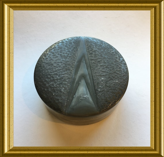 Art deco round pewter box