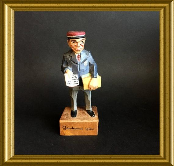Vintage wood carved figurine: Jaschke Pretzl, Gaudeamus Igitur, student song