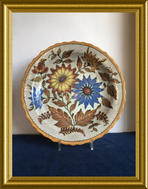 Local pickup in Gouda only : Large art pottery plate, PZH Gouda, shipping not available