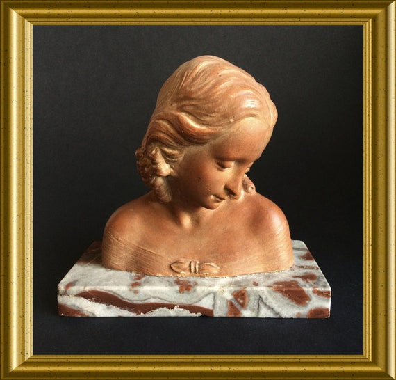 Lovely art deco bust: terracotta girl