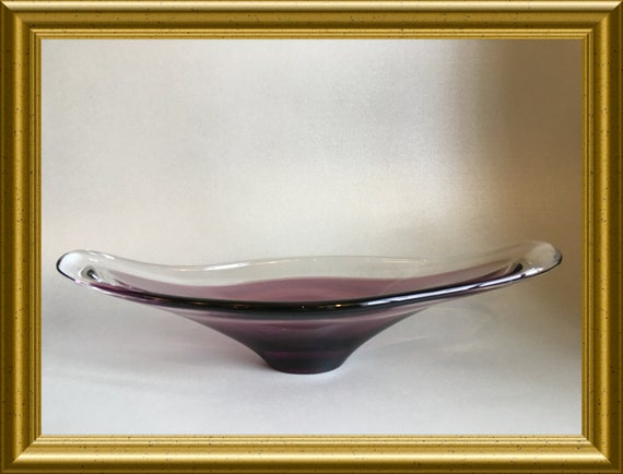 Vintage purple glass bowl: Bayel France