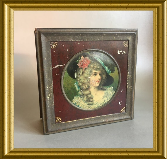 Antique tin box: portrait lady with hat