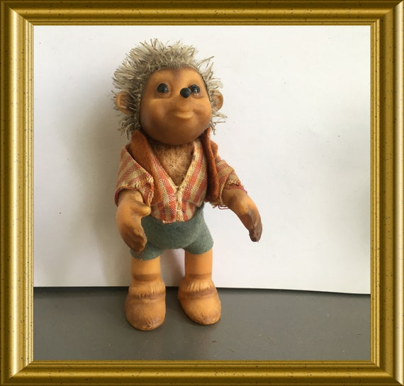 Vintage Steiff toy hedgehog: Macki