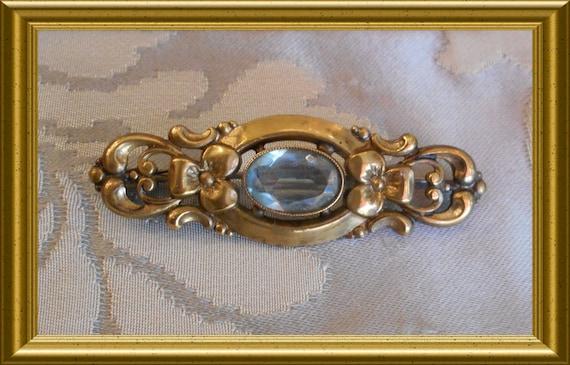 Beautiful vintage blue brooch