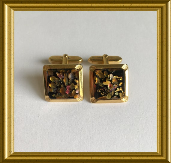 Vintage cufflinks: Murano glass with gold flakes