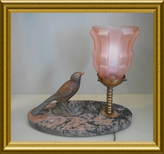 Local pick-up in Gouda only: art deco lamp bird on marble, shipping not available