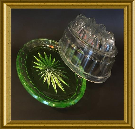 Vintage green uranium glass jelly mould