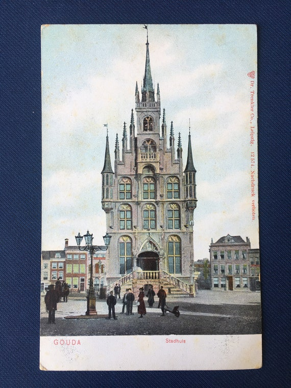 Antique postcard: City hall Gouda