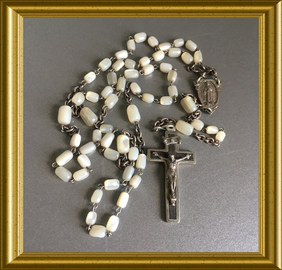Vintage small rosary: mother of pearl