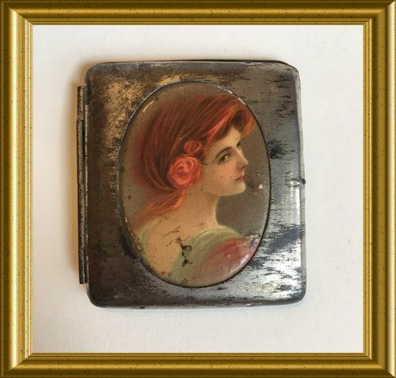 Art deco cigarette case with portrait lady