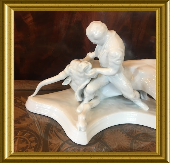 Vintage porcelain figurine: Toldi and the Bull, Herend Hungary
