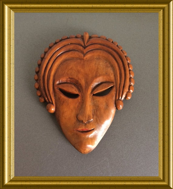 Art deco wooden brooch ; signed Ph. Lucas