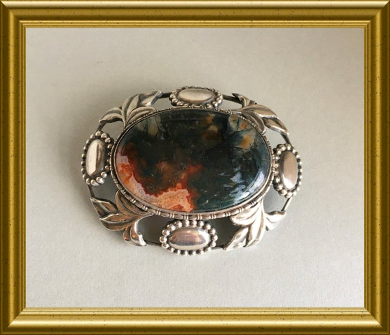 Antique large silver (800) brooch with beautiful moss agate