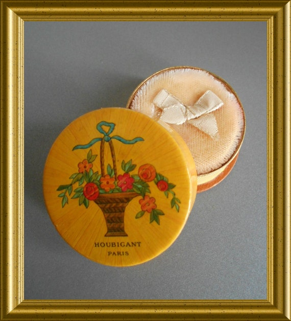 Small French vintage powder compact : Houbigant, En Beauté