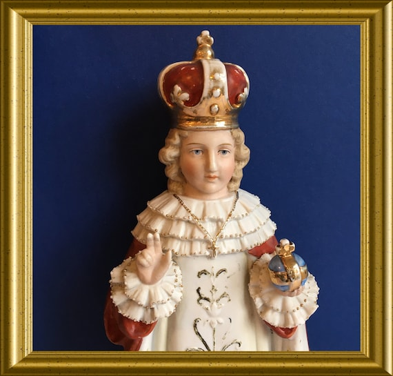 Antique porcelain figurine : Enfant Jesus of Prague