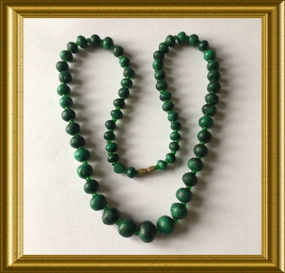 Vintage green necklace : malachite