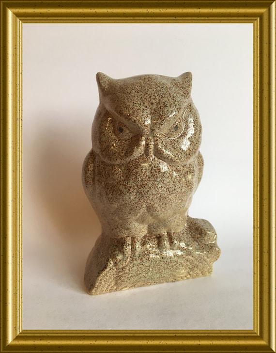 Vintage ceramic figurine: owl