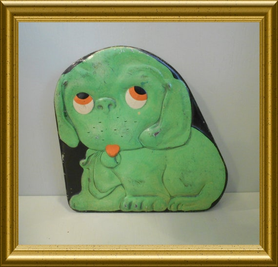 Antique Dutch green Verkade candy/ toffee/ biscuit tin ; dog
