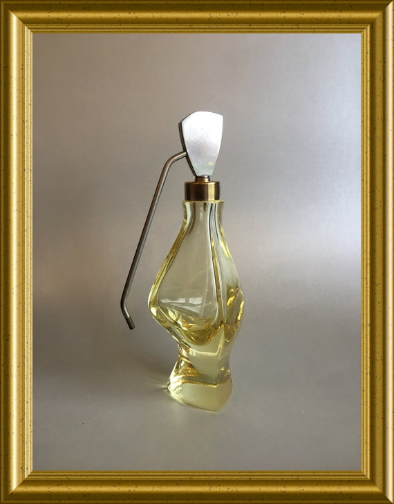 Lovely art deco yellow glass perfume bottle atomizer without bulb puffer