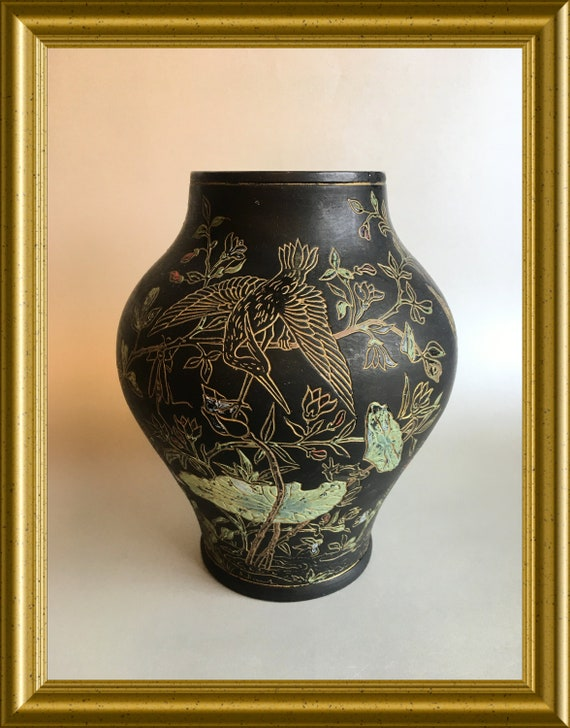 Vintage black sgraffito vase: nature scene, insects, birds