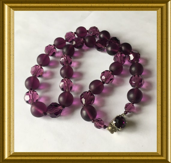 Vintage purple glass beads necklace