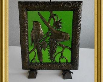 Vintage metal decoration : birds on green glass